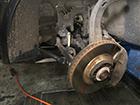 アウディ オールロードクアトロ4.2 エアサス修理