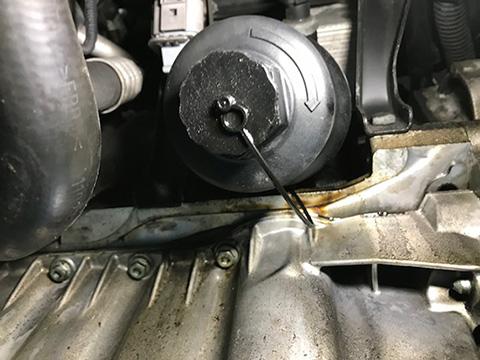 フォルクスワーゲン ゴルフ5 GTI 車検 オイル漏れ修理