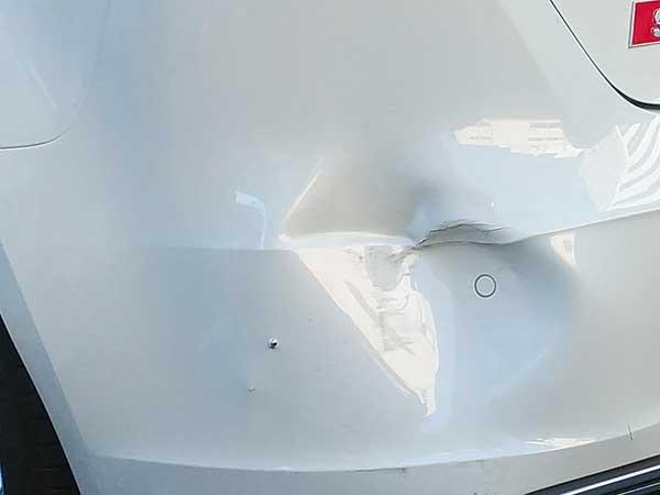 アウディ A3/S3板金修理
