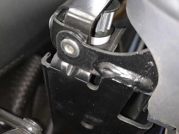 アウディTT 8N型 カブリオレ修理